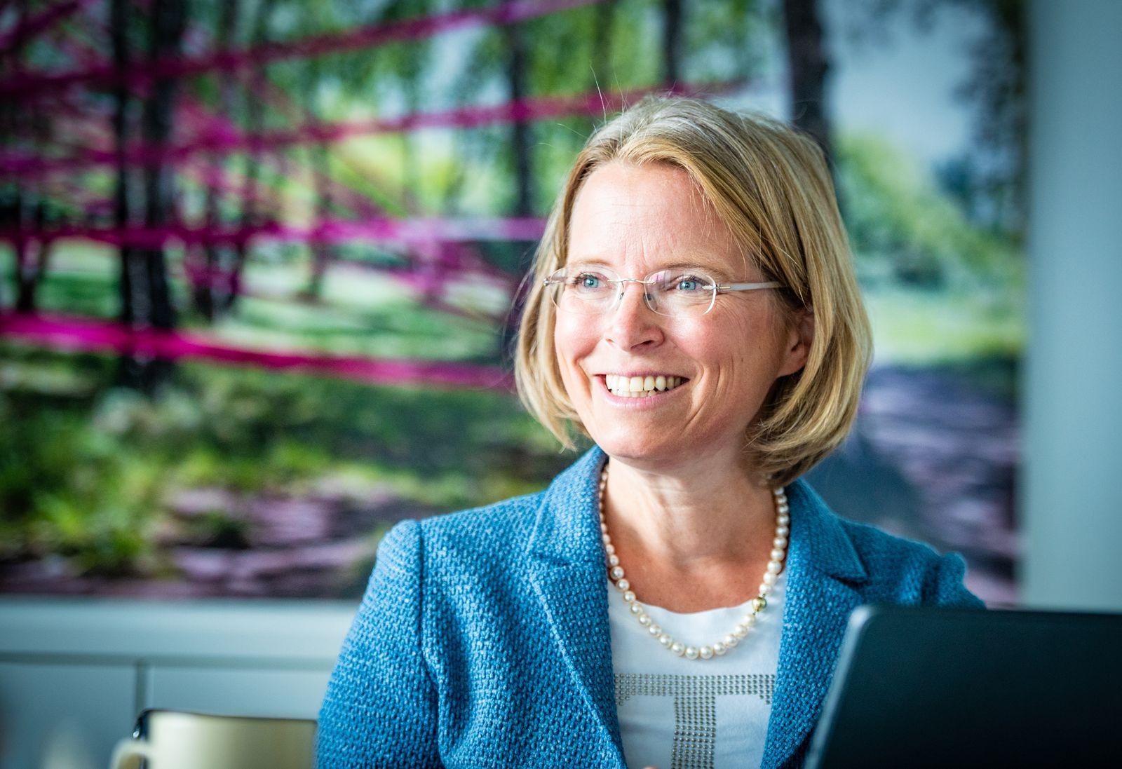 Interview mit Telekom Personalvorständin Birgit Bohle
