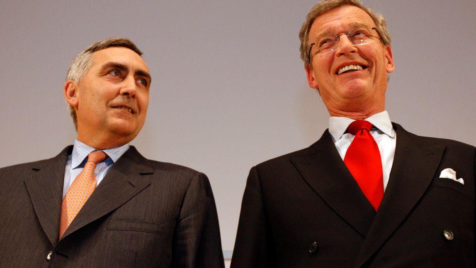 """Siemens-Chefkontrolleur Cromme (rechts), Vorstandschef Löscher: Vorstand """"ungewöhnlich groß"""""""