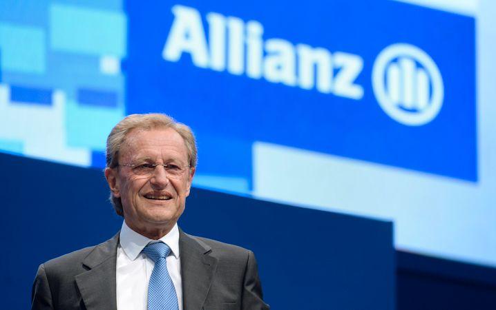 Wird nicht müde: Helmut Perlet (Jahrgang 1947) ist seit über 40 Jahren im Dienst der Allianz