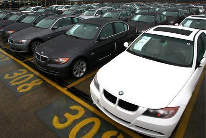 Absatzsorgen: Bei BMW und Mercedes wächst das Angebot an Neufahrzeugen