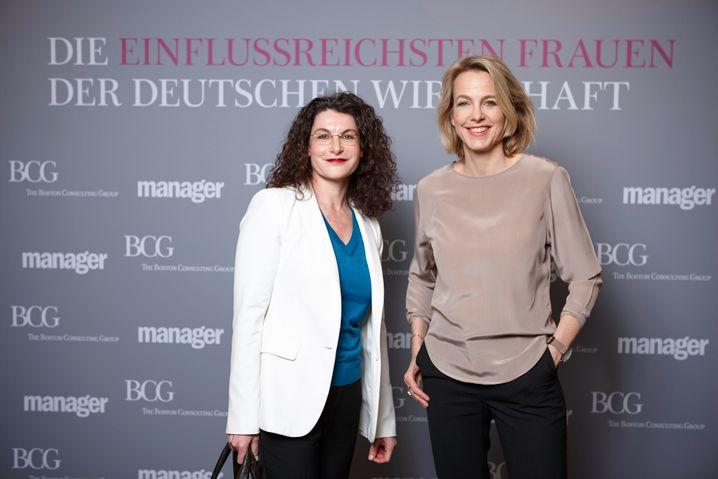 Stilsicher: Opel-Vorstand Tina Müller mit Julia Jäkel, Vorstandsprecherin von Gruner + Jahr