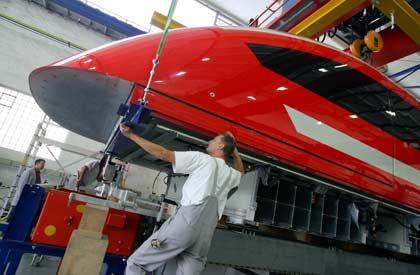 Moralische Bedenken gegen Know-how-Export: Produktionshalle von ThyssenKrupp Transrapid in Kassel