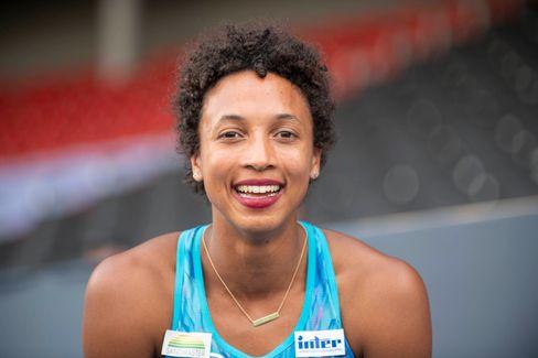 Malaika Mihambo, Olympiasiegerin im Weitsprung und eine der besten Leichtathletinnen Deutschlands.