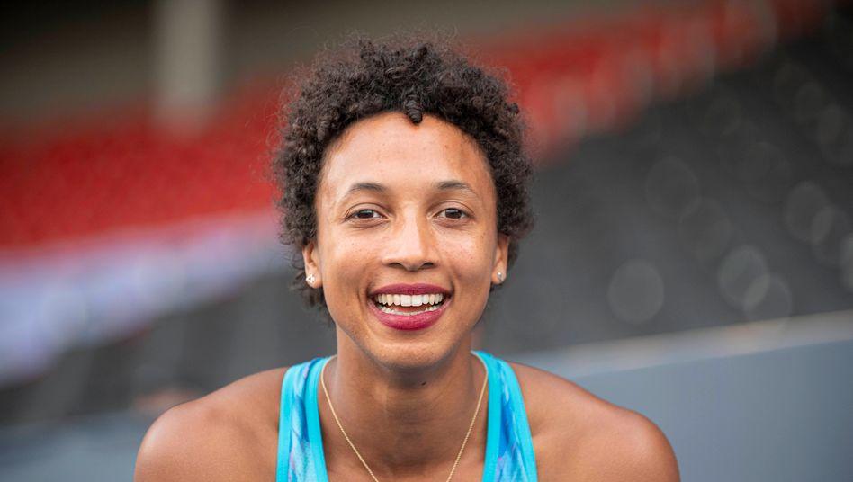 Malaika Mihambo, Weltmeisterin im Weitsprung und eine der besten Leichtathletinnen Deutschlands.