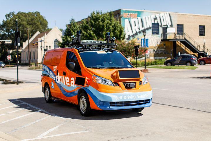 Drive.ai: Solche selbstfahrenden Minivans kurven durch zwei texanische Städte