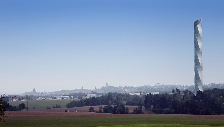 ThyssenKrupp: Der Testturm für neue Aufzugsysteme im Städtchen Rottweil ist längst eine Touristen-Attraktion. Auch Finanzinvestoren fühlen sich inzwischen von der Sparte angezogen