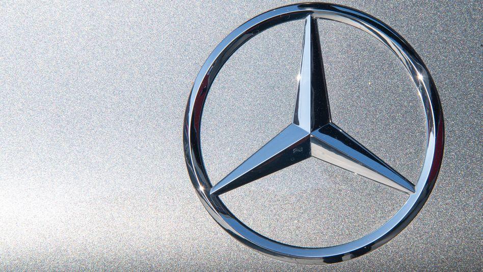 Mercedes-Stern: Bislang musste jeder Mercedes nach Russland importiert werden