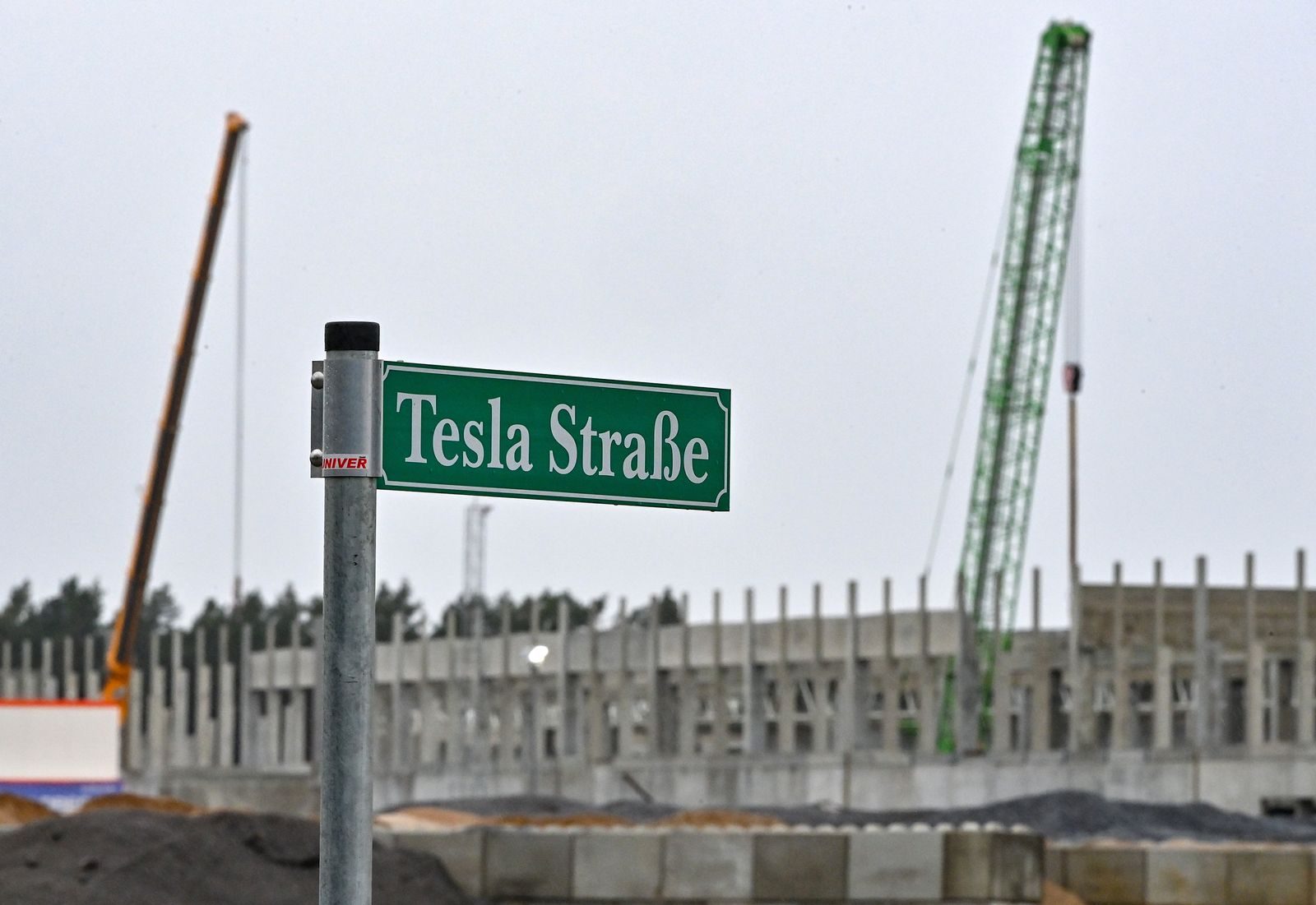 Baustand der Tesla-Baustelle