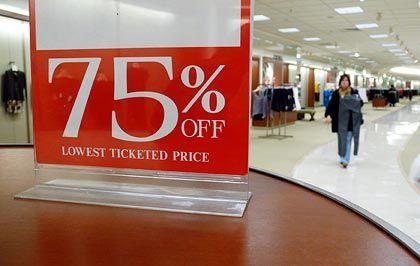 Konsum auf Pump: In den USA sind die Verbraucherkredite deutlich gesunken