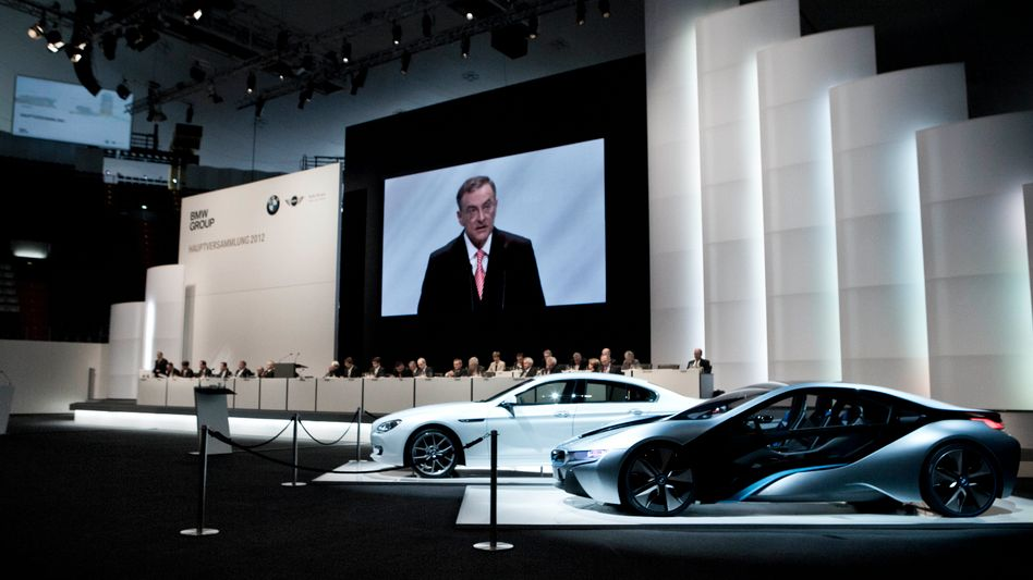BMW-Hauptversammlung in München: Im dritten Quartal lag die operative Umsatzrendite bei 9,6 Prozent - weniger als bei Audi, aber mehr als bei Daimler