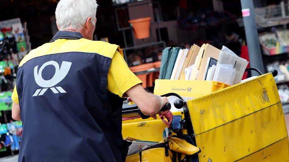 Krach programmiert: Briefvorstand Gerdes will bei den Personalkosten sparen