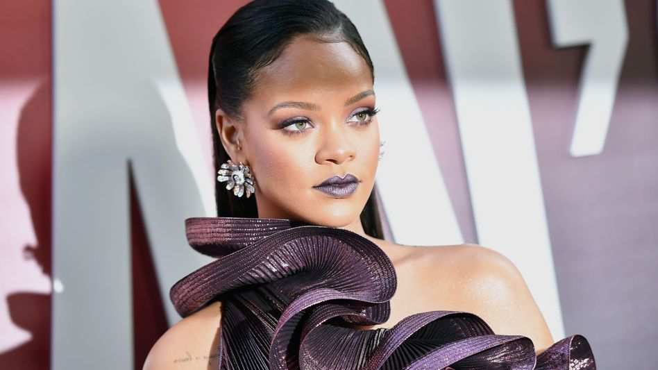 Musikerin, Influencerin, Luxusunternehmerin: Weltstar Rihanna kooperiert mit LVMH - auch Geldanleger können partizipieren.