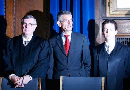 Nicht länger Infineon-Aufsichtsrat: Ex-Siemens-Vorstand Feldmayer (m.)