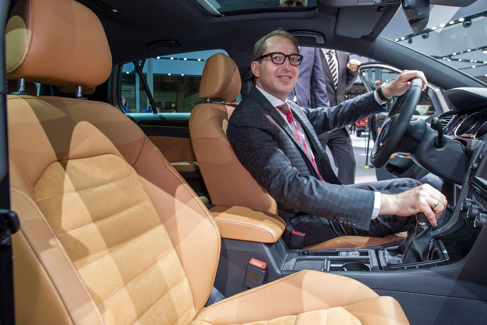 Auto / Politiker / Dobrindt