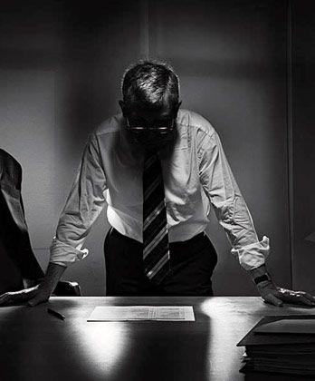 Der Konflikt: Ein Manager erfährt von dubiosen Geschäftsvorgängen im Unternehmen