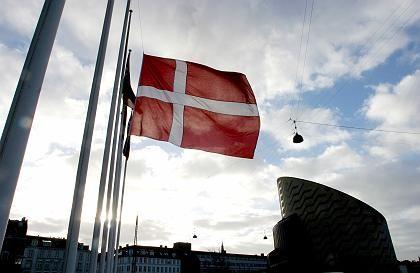 """""""Wildwestzustände"""": Dänische Unternehmen beschäftigen Ausländer in Deutschland zu Niedrigpreisen - die europäische Dienstleistungsrichtlinie macht es möglich"""