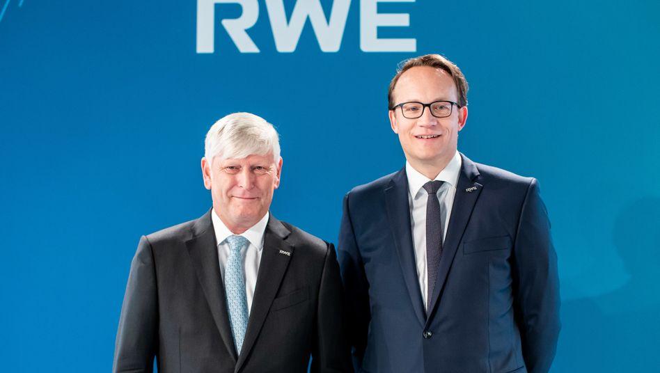Wachwechsel bei RWE: Markus Krebber (r.) löst Martin Schmitz Ende April an der Spitze des Energiekonzerns ab
