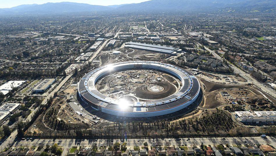 Apple-Hauptquartier in Cupertino: Der IT-Konzern zieht 200 Mitarbeiter aus seiner Einheit für autonomes Fahren ab