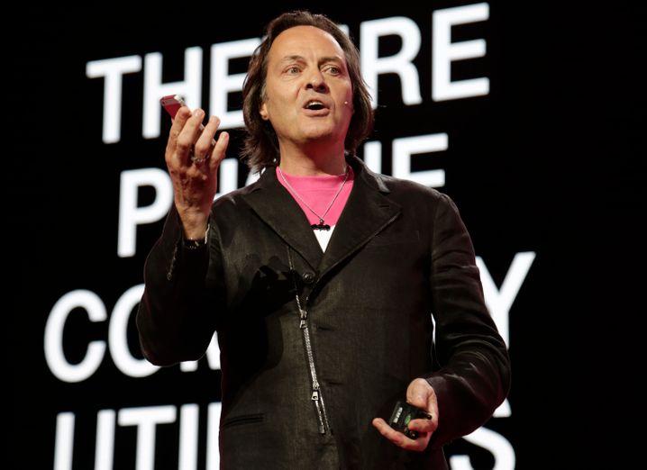 Besser bezahlt als der gesamte Telekom-Vorstand: T-Mobile US CEO John Legere
