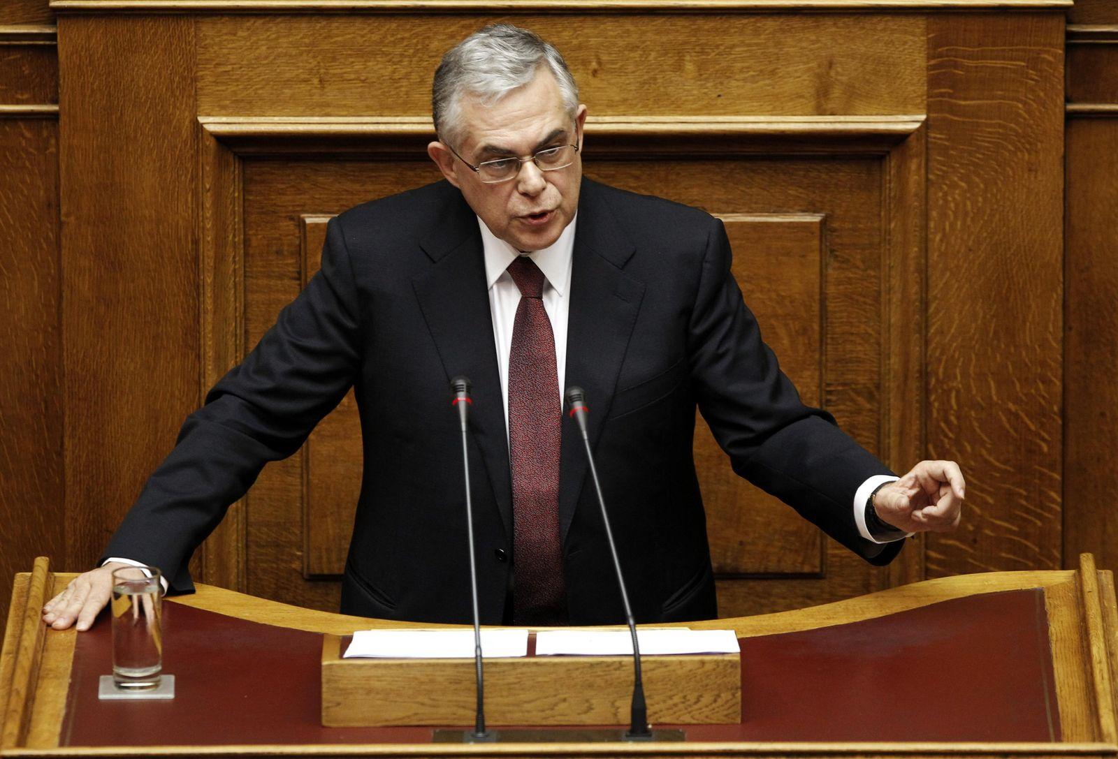Griechenland / Athen / Papademos im Parlament