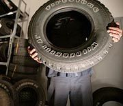 Zurückgerufener Firestone-Reifen eines Ford Explorer