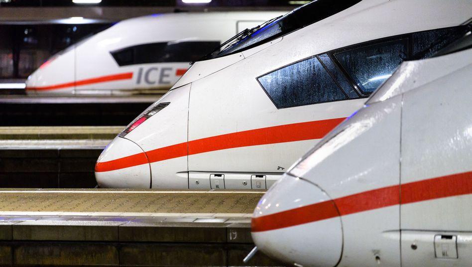 Deutsche Bahn: Passagierrekord im Fernverkehr, Probleme im Güterverkehr