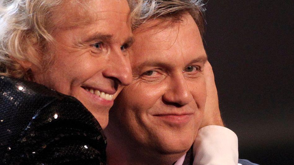 """Absage: Komiker Hape Kerkeling (r.) will """"Wetten, dass ..?"""" nicht moderieren, also braucht das ZDF einen anderen Nachfolger für Thomas Gottschalk. Offenbar werden es sogar zwei."""