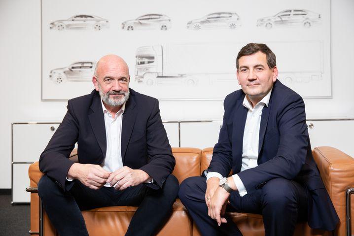Noch zwei Männer, die ihr Ding durchziehen wollen (und es dabei sich und anderen nicht leicht machen): Traton-Personalvorstand Bernd Osterloh und sein VW-Pendant Gunnar Kilian