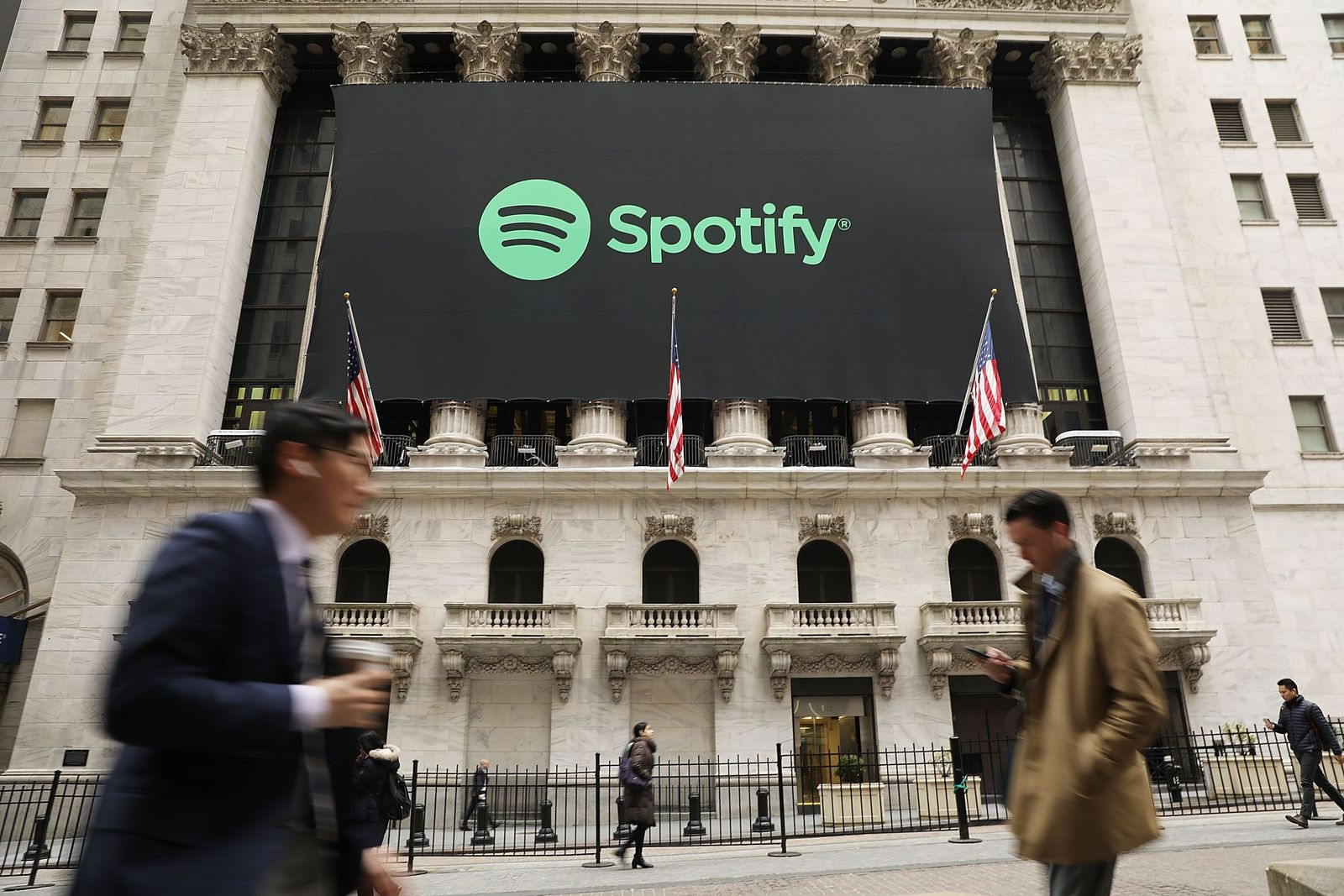 US-MUSIC-STREAMING-SERVICE-SPOTIFY-GOES-PUBLIC-ON-THE-NEW-YORK-S