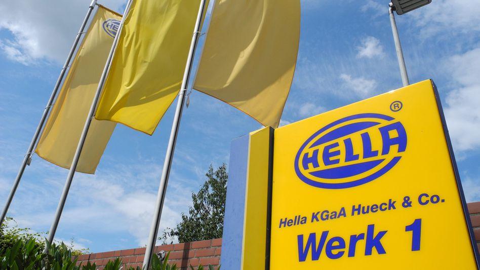 Hella-Zentrale in Lippstadt, Nordrhein-Westfalen: Das bereinigte operative Ergebnis ist im ersten Geschäftsquartal um rund die Hälfte eingebrochen