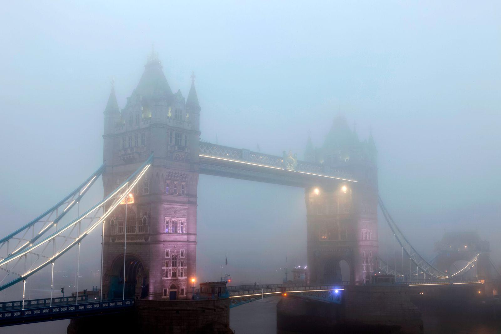 England, London, Tower Bridge in Fog
