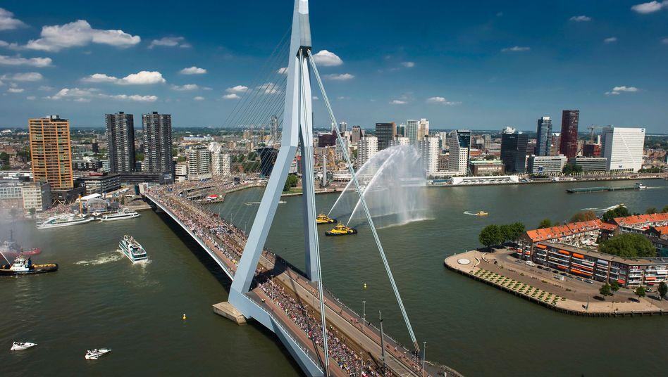Blick auf Rotterdam: In der niederländischen Metropole investiert Wölbern Invest mit einem aktuellen Fonds - und rät gleichzeitig zum Exit aus dem Markt