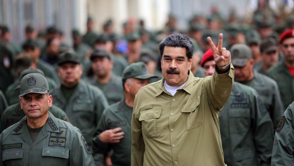 Nicolas Maduro: Venezuelas Regierung geht das Geld aus. Angeblich will Maduro nun rund 30 Tonnen Gold losschlagen