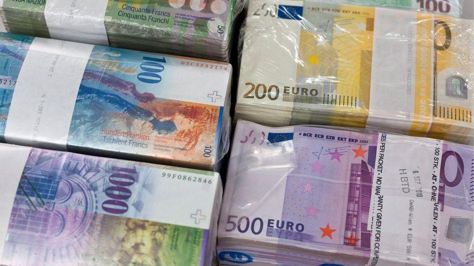 Franken gegen Euro: Schweizer Nationalbank interveniert auf dem Devisenmarkt