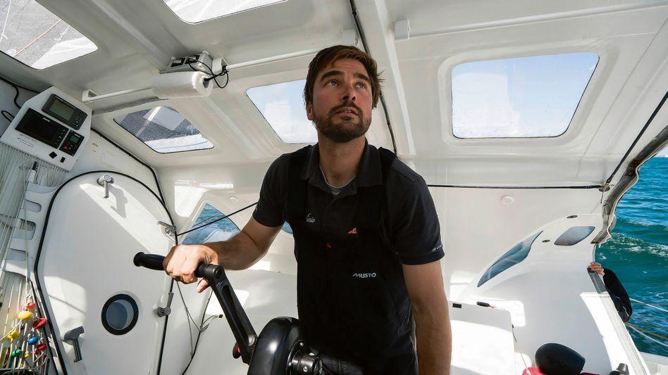 Boris Herrmann an Bord seiner Yacht Seaexplorer
