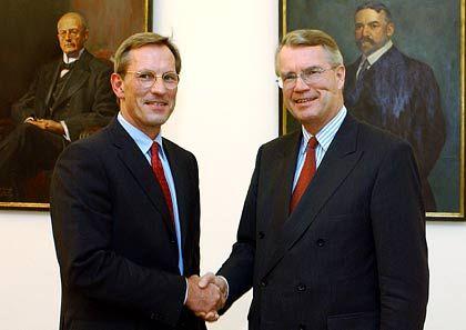 Der Allianz-Chef und sein Nachfolger: Henning Schulte-Noelle (rechts) und Michael Diekmann