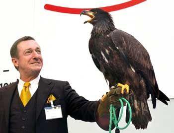 Mann mit Adler: Ex-BDI-Chef Rogowski