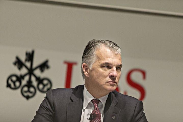 ... Sergio Ermotti an der Spitze der Schweizer Großbank UBS ab.