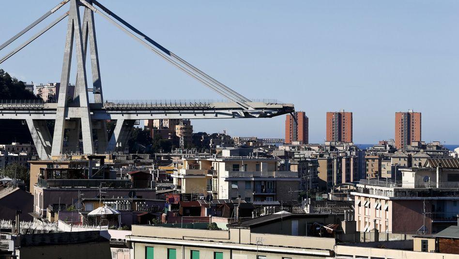 Eingestürzte Autobahnbrücke Morandi bei Genua