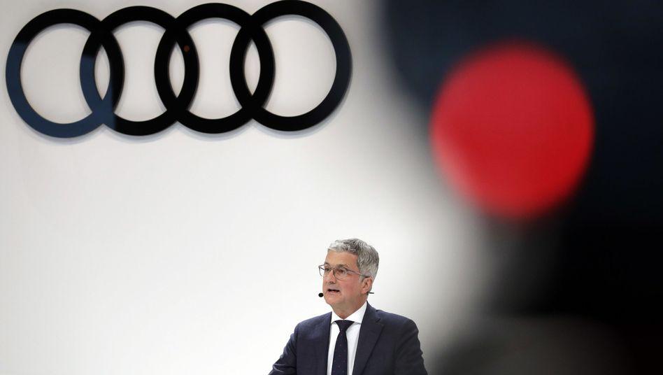 Audi-Chef Rupert Stadler: Der Manager sitzt wegen des Verdachts auf Betrug und Verdunklungsgefahr in Untersuchungshaft. Er will von den Manipulationen der Audi-Motoren, die auch in vielen Volkswagen- und Porsche-Modellen verbaut wurden, angeblich lange nichts gewusst haben