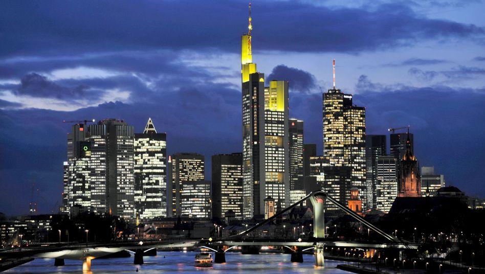 Frankfurter Bankenviertel: Ist nach der Krise vor der Krise?