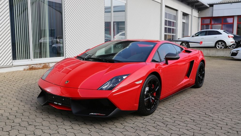 Lamborghini, Ferrari, Porsche: Diese Boliden werden versteigert