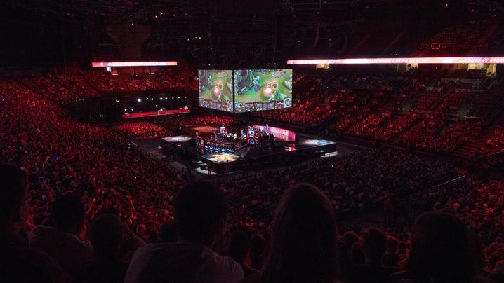 E-Sports: Millionen-Publikum zieht Investoren an