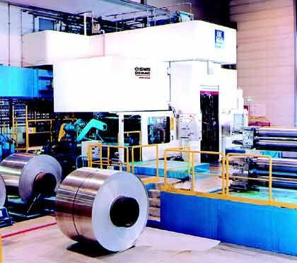 Quatro-Kaltwalzanlage für Alumiminiumbänder im Unternehmen von Hydro Aluminium in Norwegen im Einsatz