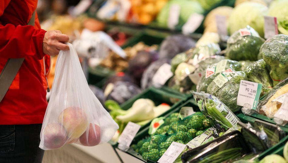 Nur Nahrungsmittel wurden teurer: Im Dezember sanken die Verbraucherpreise im Vergleich zum Vorjahresmonat um 0,3 Prozent
