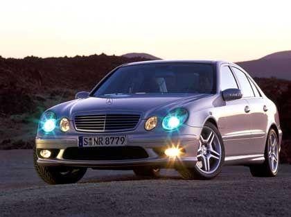 Außen Schaf, innen Wolf: Mercedes-Benz E 55 AMG. Gerne auch als Kombi für eilige Transporte, zum Beispiel Medikamente
