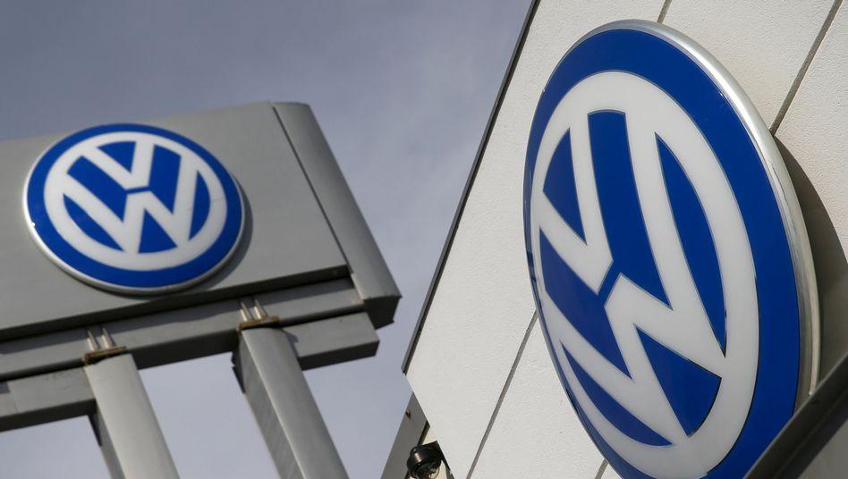 """Volkswagen: """"Zur Abdeckung notwendiger Service-Maßnahmen und weiterer Anstrengungen, um das Vertrauen unserer Kunden zurück zu gewinnen, beabsichtigt Volkswagen, im 3. Quartal des laufenden Geschäftsjahres rund 6,5 Milliarden Euro ergebniswirksam zurückzustellen"""""""