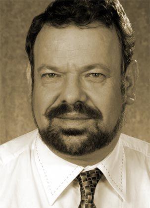 Hartmut Fischer: Steuerexperte