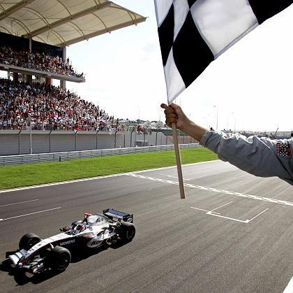 Zinswette auf das McLaren-Mercedes-Team: Kaum Siege, kaum Kunden