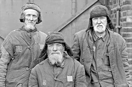"""Sowjetische Zwangsarbeiter (""""Ostarbeiter"""") bei der GHH"""